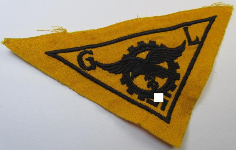 WH (Luftwaffe)-related, EM- (ie. NCO-pattern-) machine-embroidered breast-badge ie. eagle-device as was specifically intended for staff working within the WH 'Generalluftzeugmeister'- (ie. 'GL'-) organisation