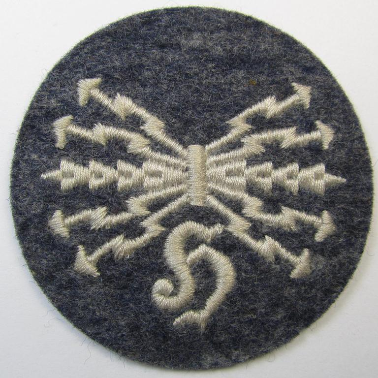 Machine-embroidered, WH (Luftwaffe) trade- ie. special-career-patch as was specifically intended for: 'Horchfunker'-staffmembers and that comes in a possibly issued- albeit 'virtually mint' and/or never tunic-attached, condition